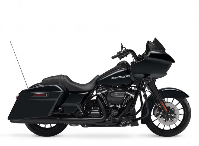 vivid black 2018 touring harley davidson fltrxs. Black Bedroom Furniture Sets. Home Design Ideas
