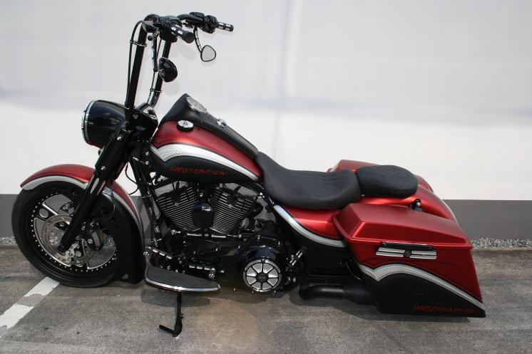 gallery flhrc road king classic red bagger touring. Black Bedroom Furniture Sets. Home Design Ideas