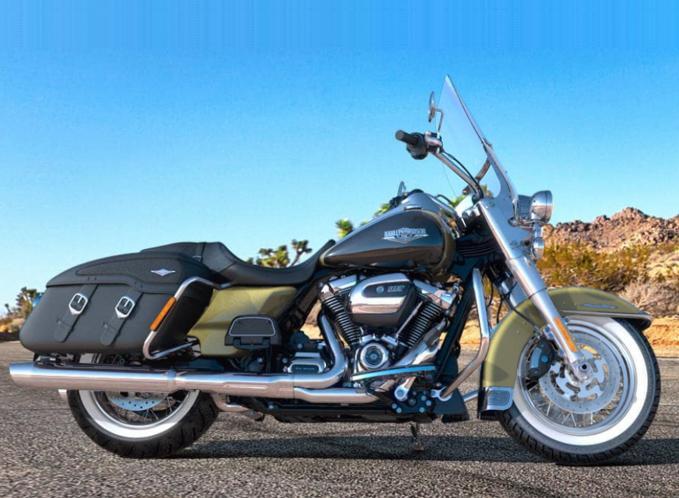 OLIVE GOLD / BLACK TEMPEST / 2018 - Touring - Harley ...