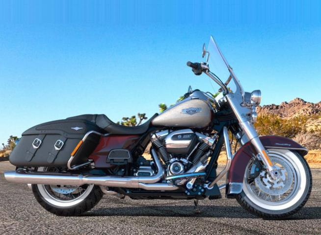 TWISTED CHERRY / SILVER FORTUNE / 2018 - Touring - Harley ...